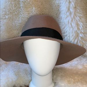 Express Accessories - Express Wool Floppy Hat